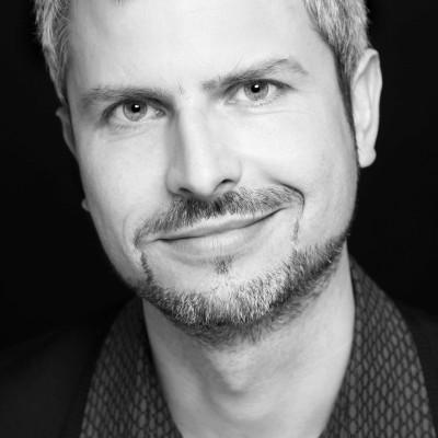 Prof Dr. Tobias Esch